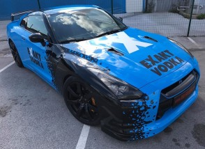 Folierung Nissan GTR KPL in Hoch glanz Blau .X in EXAKT VODKA Design by BB-Folien Bele Boštjan-Foliranje Nissan GTR KPL v Modro X. visoki sijaj-EXAKT VODKA Dizajn by BB-Folien Bele Boštjan