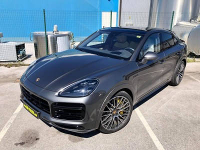 Porsche Cayenne Turbo S Coupe
